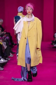 defile-martin-maison-margiela-upcycling-podcast-recycling-john-galliano-tweed-bourgeoisie-revtion-artisanat-couture-prinolutemps-ete-2020-numero-magazine5